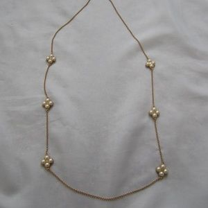 Tory Burch NWOT Clover Pearl Rope Rosary Necklace